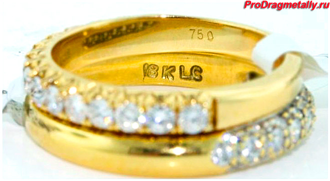 Кольцо с камнями 750 пробы