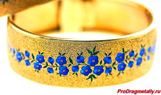 Золотое кольцо с рисунком